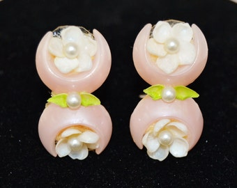 Vintage Clip-On Earrings with Pink Plastic and Cream Sea Shell Flowers