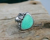 Minty Chrysoprase Double Flower Statement Ring in Sterling Silver. US Size 9 to 9.5. Silversmith metalwork ring. Handmade.