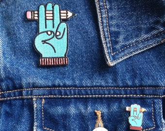 Illustrator's Honour Embroidered Patch, Iron On, Scout Pledge, Drawing Club