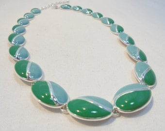 Vintage Collar Necklace / Choker Green / Blue Enamel Silver Plated Tone Metal 1980's Retro Abstract Statement Art Deco
