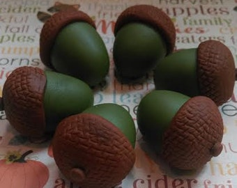 Fondant Acorns -  Edible Cake and Cupcake Toppers - Set of 12 pieces