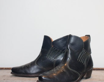 10.5 D   Men's Vintage Acme Boots Winged Ankle Western Boot Slip On Chelsea Style Rocker Boot