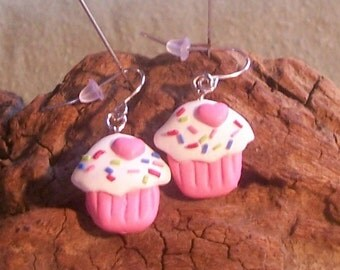 Polymer clay Pink Cupcake earrings