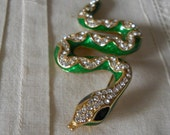 Vintage Snake Brooch With Emerald Green Body Rhinestones And Black Onyx Eyes Vintage Jewelry Snake Pin