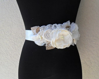 Rustic Wedding Sash, Bridal Sash, Shabby Chic Sash, Wedding Accessory, Floral Sash, Wedding Sash, YOUR CHOICE COLOR, Lace Sash, Bridal Belt