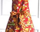 Women's Reversible Apron Floral Coneflowers Red and Cream