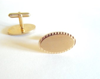 Vintage Cuff Links Burnished Gold Toned Etched and Oval Shaped 1950s