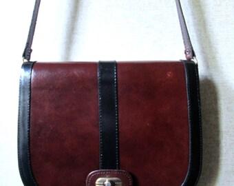 Leather Saddle Bag crossbody satchel flap bag long strap purse equestrian preppy shoulder bag  brown black boho saddlebag vintage 80s 90s