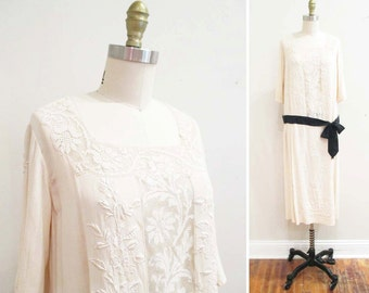 Vintage 1920s Dress | Cream and Black Embroidered Silk 1920s Day Dress | size small - medium