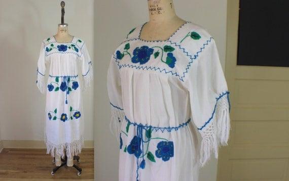 Floral Tassle Sleeve DRESS / Vintage Bohemian Frock  / South American Embroidered Flower Dress