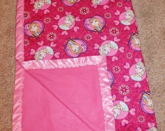 NEW Frozen Queen Elsa Anaa SEWN Minky Fleece,LARGE Throw Blanket,Bright Hot Pink,Princess,Double Sided Girls Blanket,Bedding,Gift For Her,