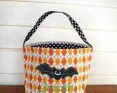 Personalized Halloween trick or treat BAT bag for kids, Monogrammed Halloween bat Dimond pattern bag,
