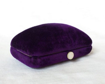 Purple Velvet Cufflink Cuff Link Earrings Stud Lever Back Jewelry display MOP Pearl Button Vintage Minn