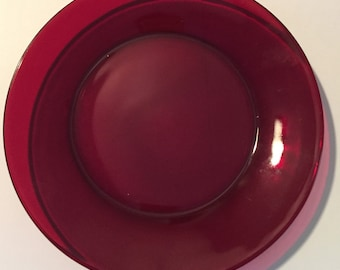 Ruby Glass Dinner Plate 9 inch