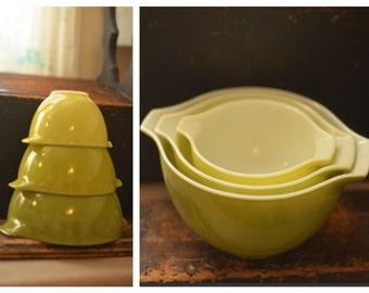 Vintage Pyrex Avocado Green Bowl Nesting Bowl Set, Mixing Bowl Set, Cinderella