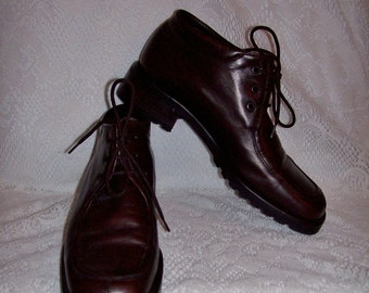 Vintage Ladies Brown Leather Ankle Boots by Bally Size 6 Only 18 USD