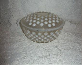 Vintage White Opalescent Moonstone Glass Powder Jar or Trinket Box by Anchor Hocking Only 8 USD