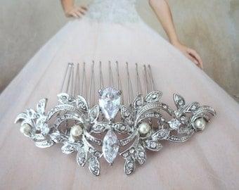 Brides hair comb ~ Teardrop ~ Leaf design ~ Hair accessories ~ Hair comb ~ Marquise ~ Swarovski ~ Hair Jewelry ~Wedding accessories~LILLY