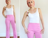 Vintage 1970s Barbie Pink, White and Cream Gingham Houndstooth Patterned Flare Bell Bottom Knit Polyester Pants / Small