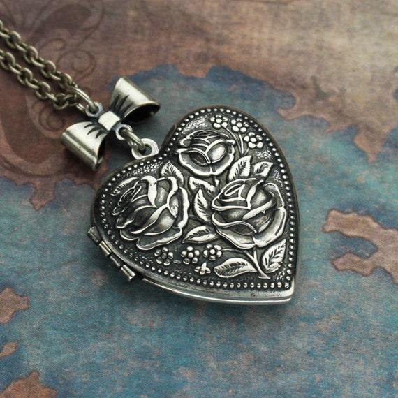 Heart Locket, Silver Locket, Locket Necklace, Heart Necklace, Heart Locket Necklace,Enchanted Rose, Heart Pendant, Wife Mother Birthday Gift