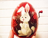 Vintage metal easter egg 1953 mattel red and white bunny rabbit wind up
