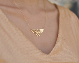 Gold Wonder Woman Necklace , Diana Prince Charm , Wonder Woman Jewelry , Super Hero Jewelry , Wonder Woman Symbol , Gift for Mom