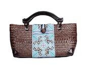 Rattan Handbag Wood Handle With Vintage Hmong Fabric Thailand (BG7088-4C39)
