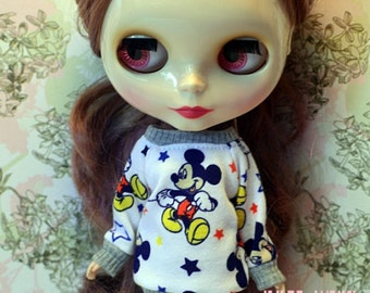 SALE **** Mickey Mouse sweaters for Blythe