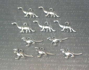 Dinosaur stitch markers