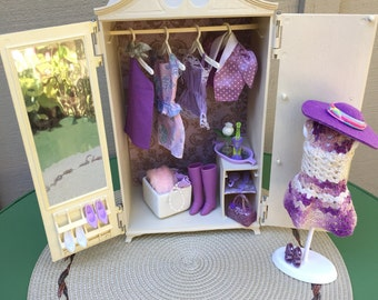 Barbie Doll House Vintage LAVENDER WARDROBE VIGNETTE Room Furniture & Accessories Bedroom Dresser Closet