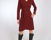 Wrap Jersey Dress with Long or 3/4 Sleeves - Red and Black Chain Print