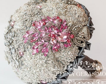 SALE!!! Brooch Bouquet. Silver crystal Bouquet, Unique Wedding Bridal Bouquet