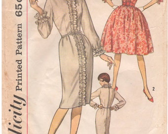 1962 - Simplicity 4544 Vintage Sewing Pattern Size 16 Bust 36 One Piece Dress Round Neckline Ruffle Detail Slim Gathered Skirt
