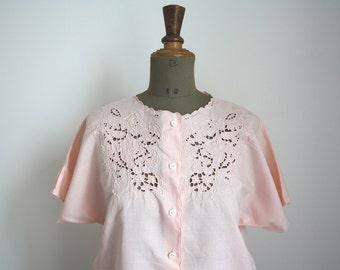Pink EyELeT embroidery blouse // Vintage italian blouse