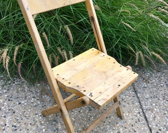 Vintage Wooden Folding Chair Snyder Rustic Oak Wood w/ Rust and Patina Extra Seating side chair for guests, garden or your Paris apartment