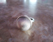 SIGNED KC STERLING Silver 925 Vintage Optic Etched Textured Framed Solid Cast Heavy Button High Dome Ring Size 7.5
