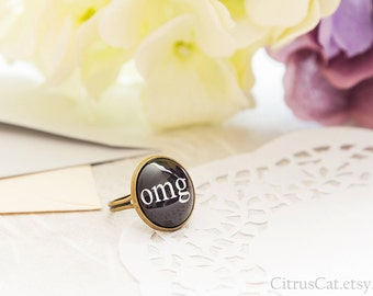 Adjustable black ring with OMG abbreviation, text ring, type ring, word ring, message ring, OMG jewelry, omg ring, geek jewelry