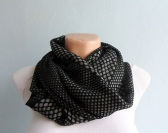 Infinity Scarf, Loop Scarf, Circle Scarf, Dotted Scarf in Black Gray, Retro Geometric Circle Scarf, Winter Accessories