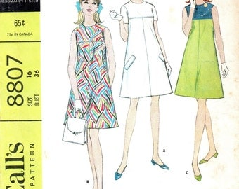 Retro 60s Sewing Pattern McCall's Colorblock Mini Dress A-line High Neck Plus Size 16 Bust 36