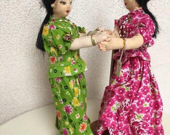 Vintage 2 India girls dancing Pugerdi traditional costumes