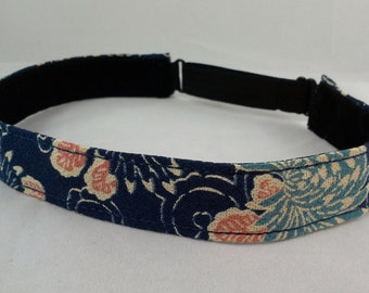 Adjustable non-slip Headband hairband with vintage kimono silk - indigo blue floral pattern