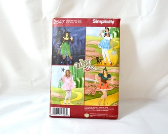UNCUT Plus Size Simplicity Pattern 2547 for Wizard of Oz Costumes size 18W to 24W bust 40-46