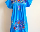 Vintage Mexican Embroidered Dress, Boho Hippie Festival Dress, Made in Mexico, Blue Floral Tunic