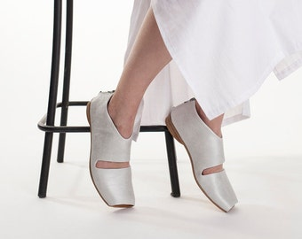Silver sandals, Closed sandals, Flat shoes, Summer wedding shoes