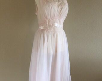 Beautiful Pink 50s Vanity Fair Nightgown