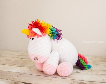 Rainbow Cuddles Unicorn Crochet Pattern