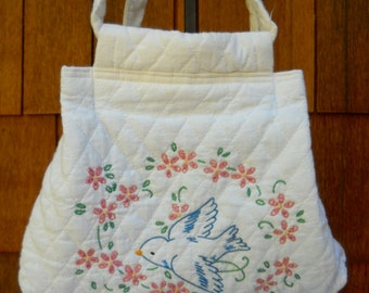 Cute Little Retro Bag, Embroidered Bird, Quilted Fabric, Delightful