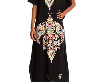 Vintage 1970s Floral Embroidered Wool Kaftan  Size: S/M/L/XL