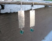 Hammered Sterling Silver Earrings with Emerald Glass Beads / Textured Bar Earrings / Textured Silver Earrings