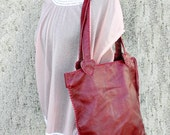shoulder bag in pure Italian leather, cherry red, with zipper, hearts and wide handles, handmade ONE OF A KIND, gift idea for women, girls